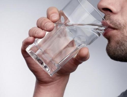 ¿Cuáles son los beneficios de beber agua?